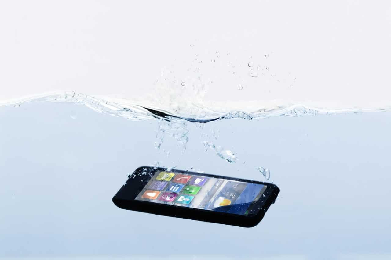 phone dropped in water
